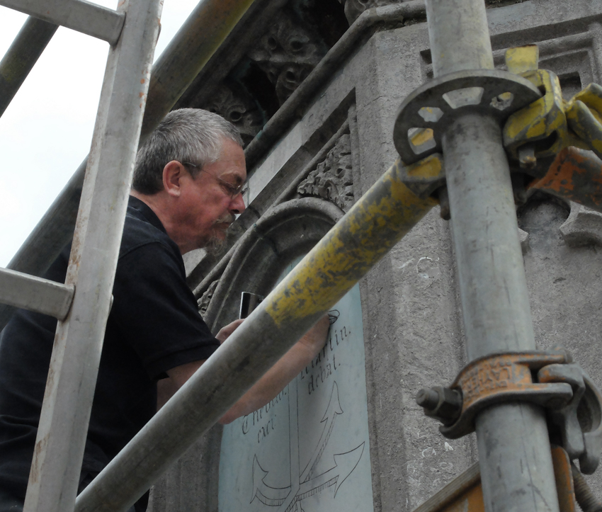restauratie van monument Dirk Martens in Aalst