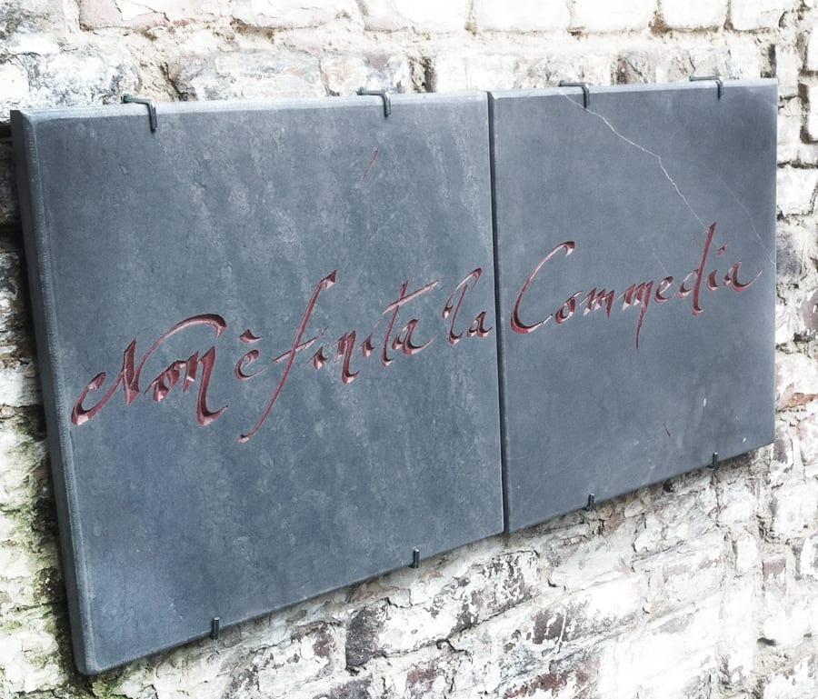 tekststeen, monument